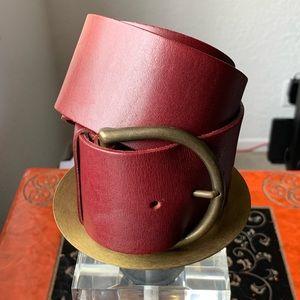 Laura Ashley Genuine English Saddle Hide Belt.